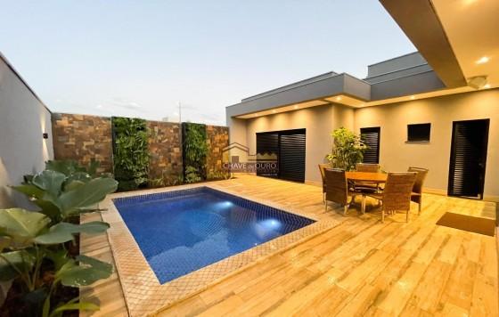 Belíssima Casa à venda no condomínio Estancia dos Ipês